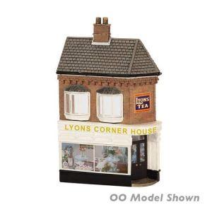 Graham Farish 42-243 Scenecraft Low Relief Lyons Corner House (Pre-Built) 41M02YyQf3L