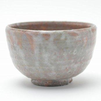 Hagi yaki Japanese ceramic. Japanese tea bowl Matcha chawan made by Yasushi Okada.