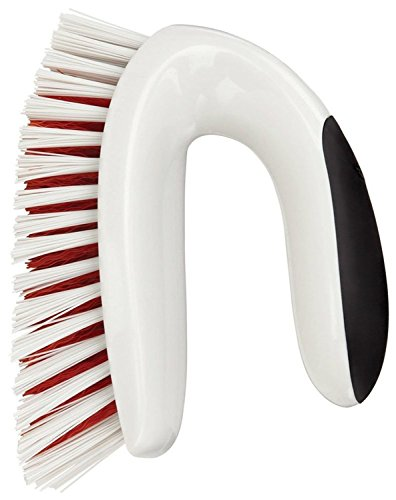 OXO Good Grips Corners and Edges Brush for Tubs and Showers