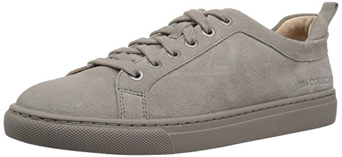 71IgZtbMa6L A pebbled leather upper tops this classic low-top fashion sneaker Metallic eyelet grommets, pull tab at heel