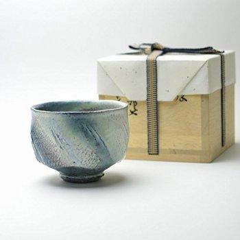 Hagi yaki Japanese ceramic. Matcha chawan handmade teabowl Taishoroman made by Yuuka Matsuo.