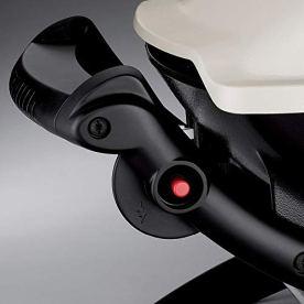 Weber-50060001-Q1000-Liquid-Propane-GrillChrome