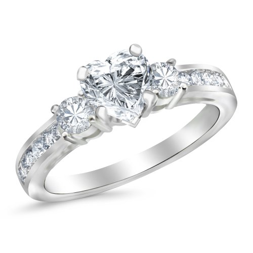Houston Diamond District offers a 30 day return policy on all of its products Side Diamonds on Engagement Rings with Sidestones are G-H Color SI1-SI2 Clarity We only sell 100% Natural, conflict free diamonds.