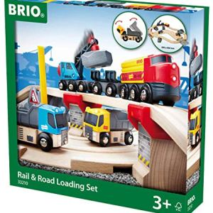 BRIO 33210 Rail and Road Loading Set | 32 Piece Train Toy with Accessories and Wooden Tracks for Kids Age 3 and Up 51B8Z6pxPCL