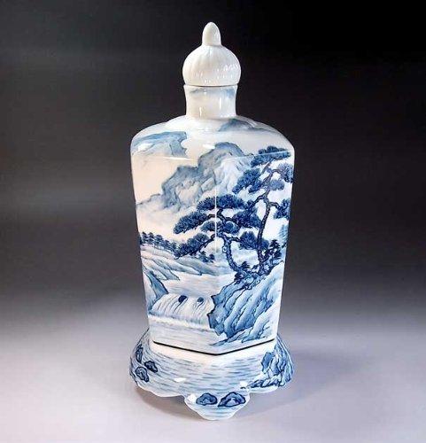 Arita - Imari | vase pottery , agarwood pot | luxury gifts | gift | gifts | Souvenirs | Sometsuke landscape painting Fujii NishikiAya