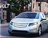2013 Chevrolet Volt 32-page Sales Brochure Catalog - Hybrid Eelctric Car Chevy