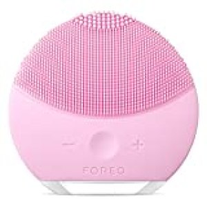 FOREO LUNA mini 2 Facial Cleansing Brush and Portable Skin Care device made with Ultra Hygienic Soft Silicone for Every Skin Type USB Rechargeable Pearl Pink