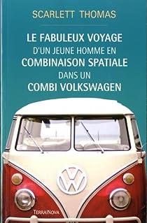 Le fabuleux voyage d'un jeune homme en combinaison spatiale dans un combi Volkswagen par Thomas