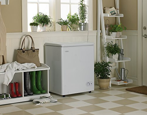 Danby DCF038A1WDB1-3 Chest Freezer, 3.8 Cubic Feet, White