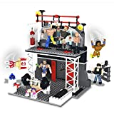 The Bridge Direct WWE StackDown Train & Rumble WWE Playset with Rey Mysterio & Sheamus Figures, 208 pieces