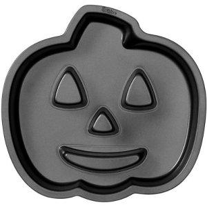 Novelty Cake Pan-Jack-O-Lantern Fluted 11X10.6X1.6 by Wilton 51kNyGMUToL