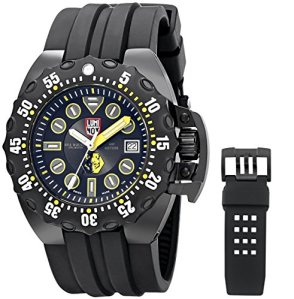 Luminox Men's 1526 Scott Cassell Specials Analog Display Swiss Automatic Black Watch