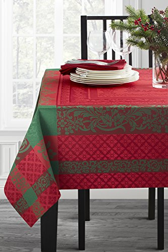 Benson Mills Majestic Christmas Engineered Jacquard Tablecloth (Multi, 70' Round)