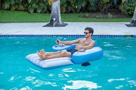 Poolcandy-Splash-Runner-20-Motorized-Pool-Lounger-Deluxe-Inflatable-Swimming-Pool-Float-Now-Faster-with-3-Blade-Propeller-and-Battery-Powered-Motor-Great-for-use-in-Pool-or-Lake