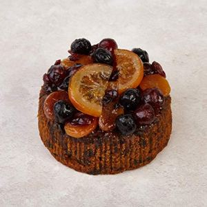 The Cakeology Co Bakery 10 cm Gift Cake in a Tin – Rich Fruit Cake with Brandy, Hand-Decorated with Glazed Fruits, 305 g 51zgBhh8ZYL