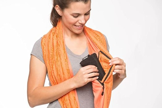 how to wear a money belt scarf