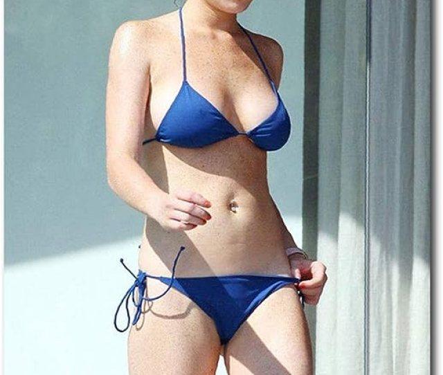 Amazon Com Lindsay Lohan Sexy In Blue Bikini Refrigerator Magnet