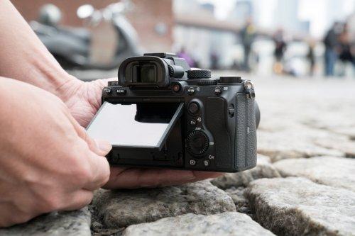 61UjnjqGuzL. SL1024 - 2019美国7大最新款微单相机 专家推荐3款