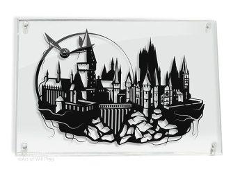 Harry Potter Hogwarts Castle and Golden Snitch - hand cut paper art