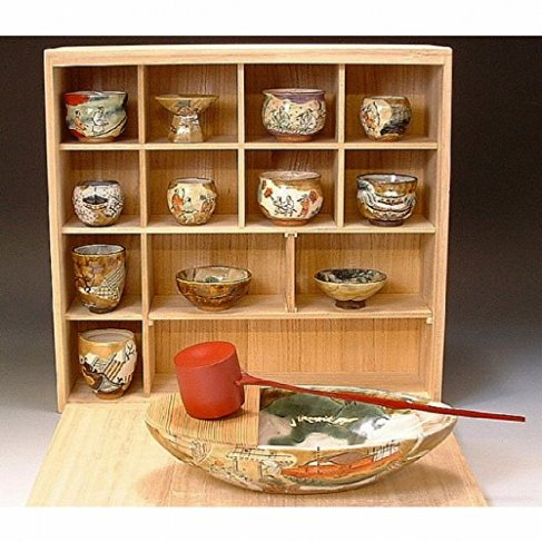 Kiyomizu-kyo yaki ware. Japanese Sake set tokkuri and guinomi cups Kyohoshuki rakuchurakugai with wooden box. Ceramic. kymz-toua427