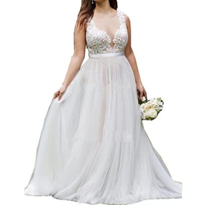 13b7a93f00c81 Jasminebridal Women s Plus Size Tulle Wedding Dresses Round Neck Little  Tailing Bridal Gowns Elegant Church Outdoor