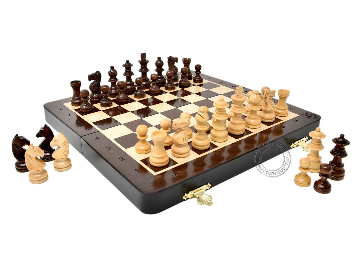 House of Chess - Wooden Magnetic Folding Travel Chess Set