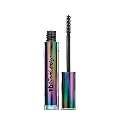 This is such a great volumizing and lengthening mascara to use when your lashes are feeling dull!