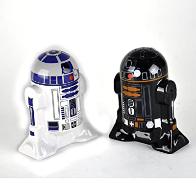 R2-D2 and R2-Q5 unique salt and pepper shaker set