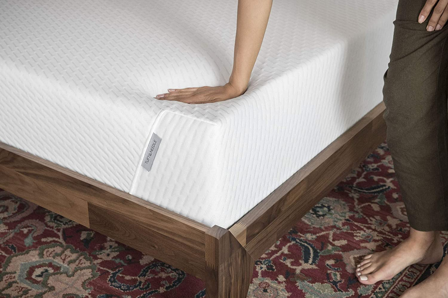 Tuft & Needle Queen Mattress, Bed in a Box, T&N Adaptive Foam, Sleeps Cooler with More Pressure Relief & Support Than Memory Foam, Certi-PUR & Oeko-Tex 100 Certified, 10-Year Warranty.