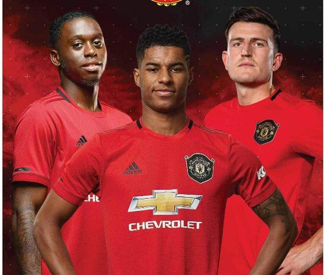 Amazon Com Manchester United Official  Soccer Calendar A