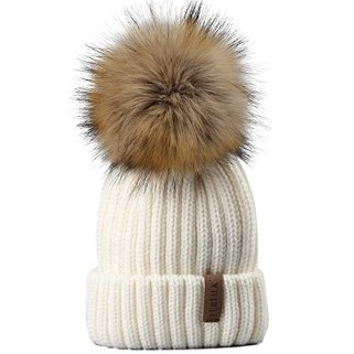 These are some of the best cold weather accessories to keep you warm!