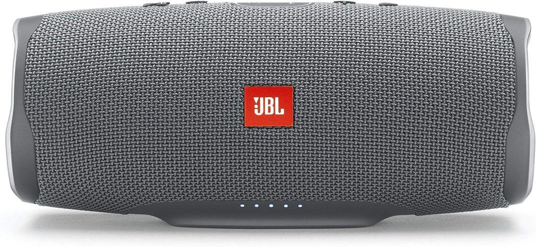 JBL Charge 4 – Enceinte Bluetooth Portable avec USB – Robuste et Étanche pour Piscine et Plage – Son Puissant – Autonomie 20 hrs – Bluetooth, Gris