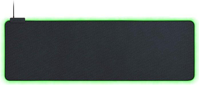 Amazon Com Razer Goliathus Extended Chroma Gaming Mousepad Customizable Chroma Rgb Lighting Soft Cloth Material Balanced Control Speed Non Slip Rubber Base Classic Black Computers Accessories