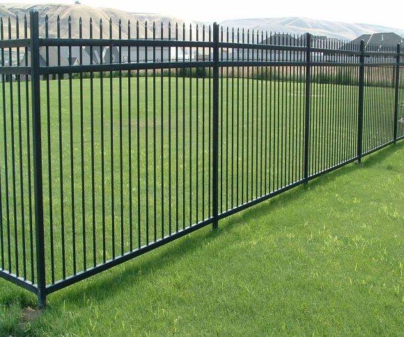 Amazon.com : Aspen Style 3-Rail Steel Fence Kit, Powder-Coated ...
