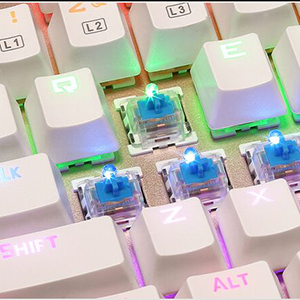 North Crown X-1 メカニカル式 キーボード 青軸防水機能付き 9パターン LED バックライトモード usb接続 有線 アルミ加工 高感度キーで打つ正確性が抜群 ゲーミングや普段使いに最適 Windows/Mac OS対応 (ブラック)