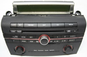 20062007 Mazda 3 Factory Stereo 6 Disc Changer CD Player OEM Radio  R2524