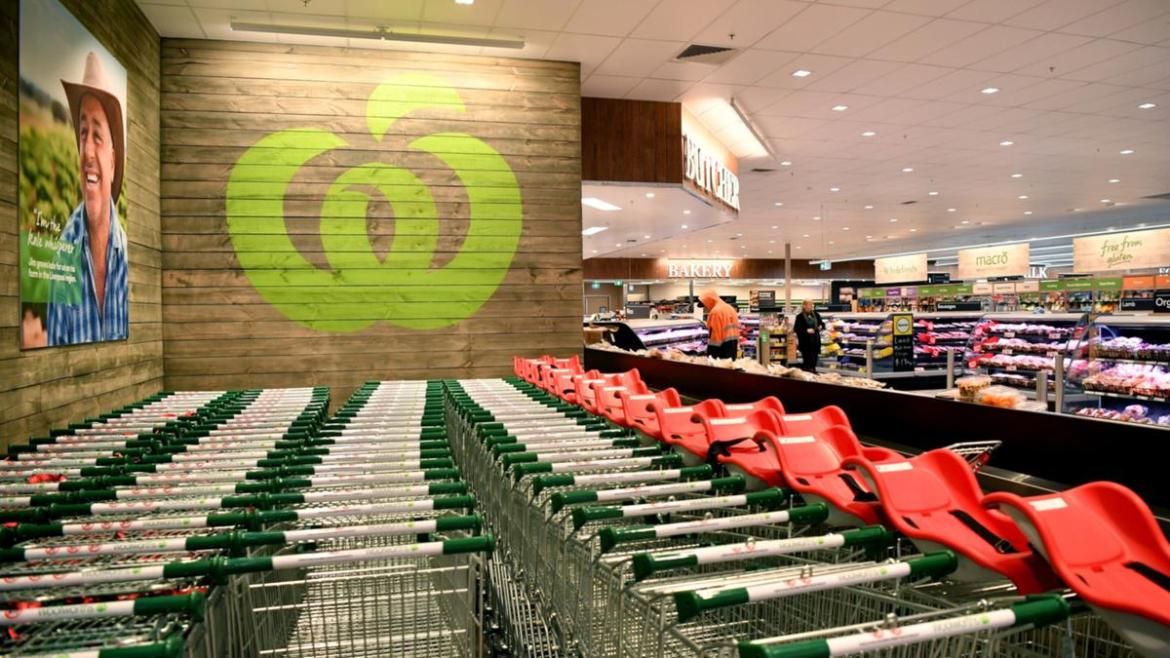 It is Woolworths policy for staff to wear gloves while handling food.
