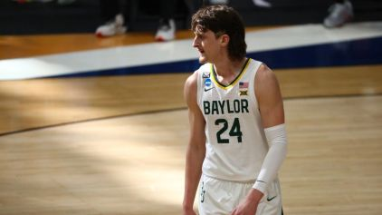 March Madness Sweet 16 Player Props: Bet on Loyola Chicago's Lucas Williamson & Baylor's Matthew Mayer on Saturday Afternoon