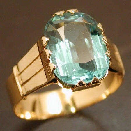 VINTAGE FRENCH 18K WITH LIGHT BLUE STONE RING Description