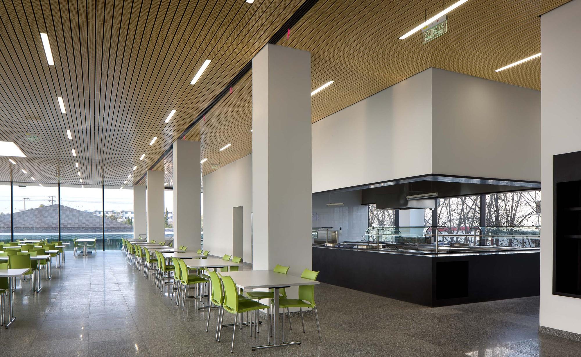 Gallery Of Roche Canteen Exh Design 4