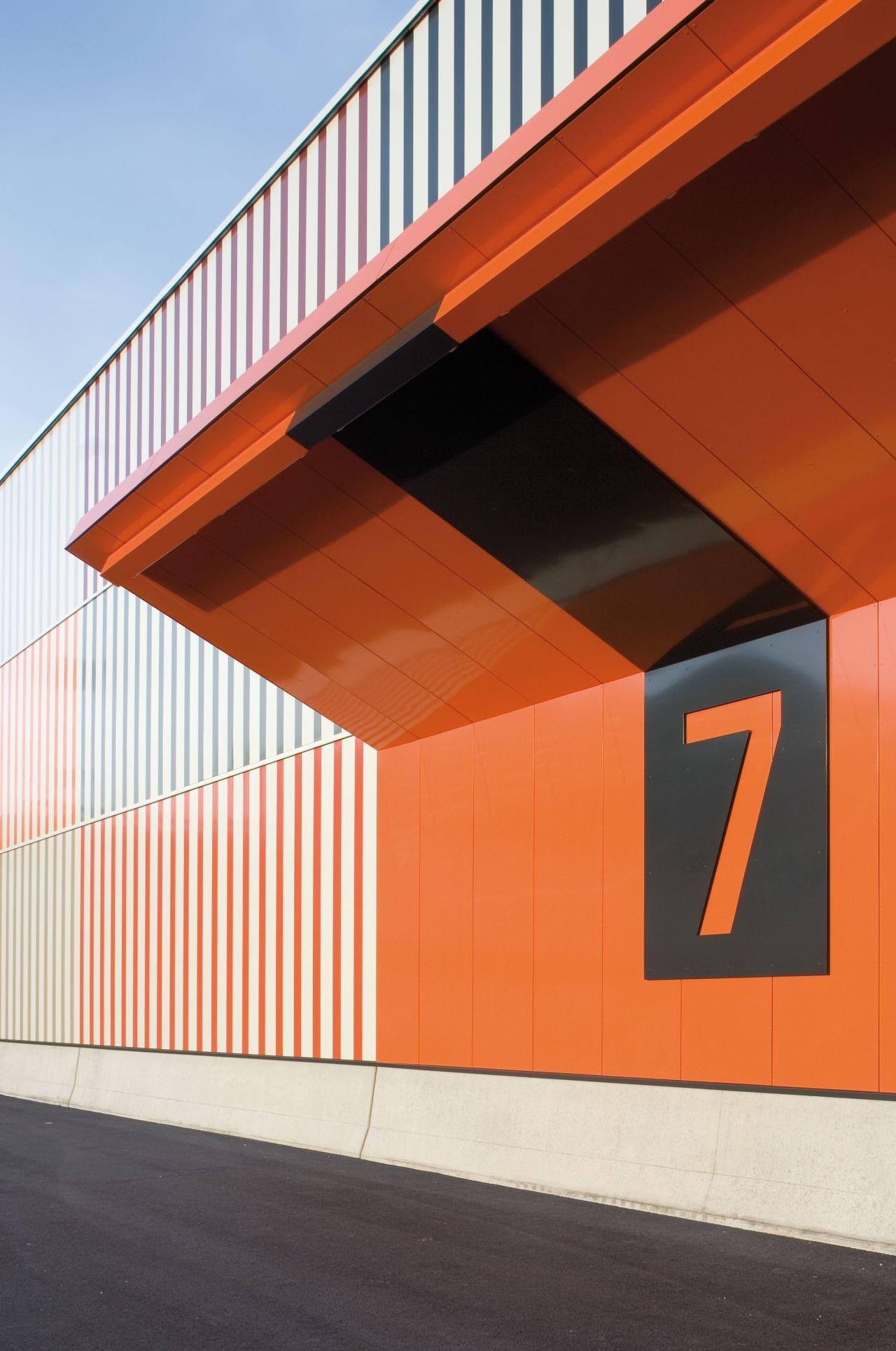 Gallery Of Cargocenter Frankfurt K 246 Lling Architekten 7