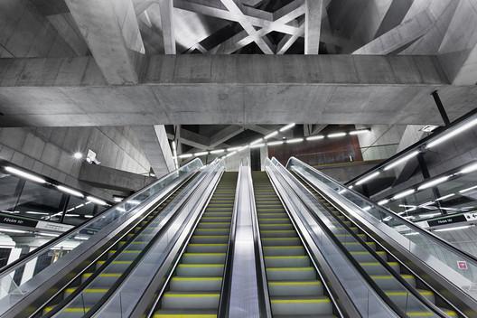 Gellert Station / sporaarchitects. Image © Tamás Bujnovszky
