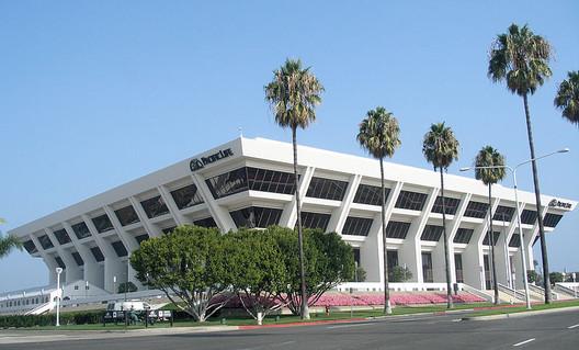 800px-Pacificlifeheadquarters Spotlight: William Pereira Architecture