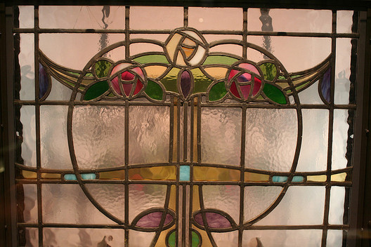 Stained Glass by Charles Rennie Mackintosh. Image © <a href='https://www.flickr.com/photos/cjroarty/1107819098'Flickr user cjroarty</a> licensed under <a href='https://creativecommons.org/licenses/by-sa/2.0/'>CC BY-SA 2.0</a>