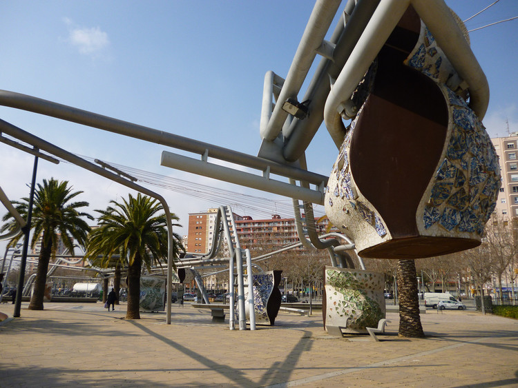 Diagonal Mar Park. Image © Flickr user oh-barcelona licensed under CC BY 2.0