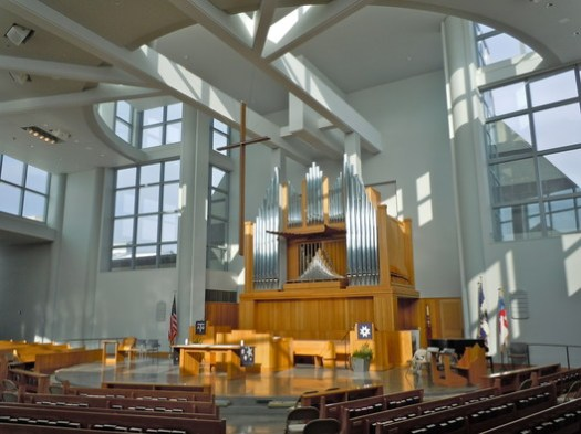 Chapel at the Episcopal Academy. Image <a href='https://commons.wikimedia.org/wiki/File:Espicopal_Acad_int.JPG'>via Wikimedia</a> (Image by Wikimedia user Smallbones in public domain)