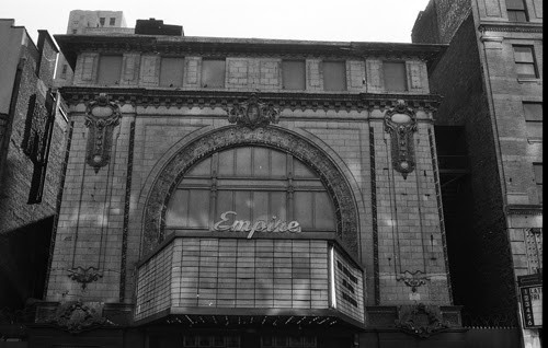 Empire Theater, at 234 West 42nd Street. Image © G.Alessandrini