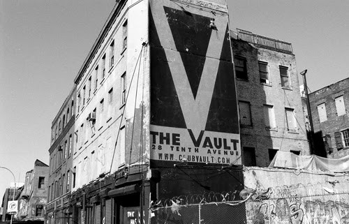 The Vault, at 28 10th Avenue. Image © G.Alessandrini