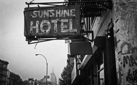 Sunshine Hotel, at 241 Bowery. Image © G.Alessandrini