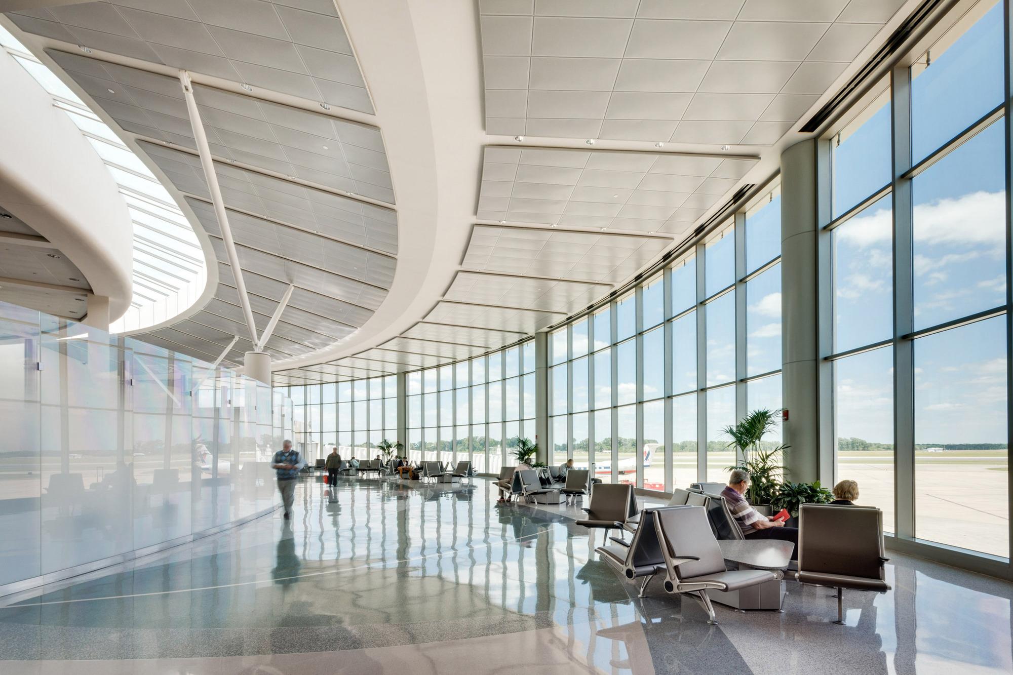 Baton Rouge Metropolitan Airport Extension Whlc
